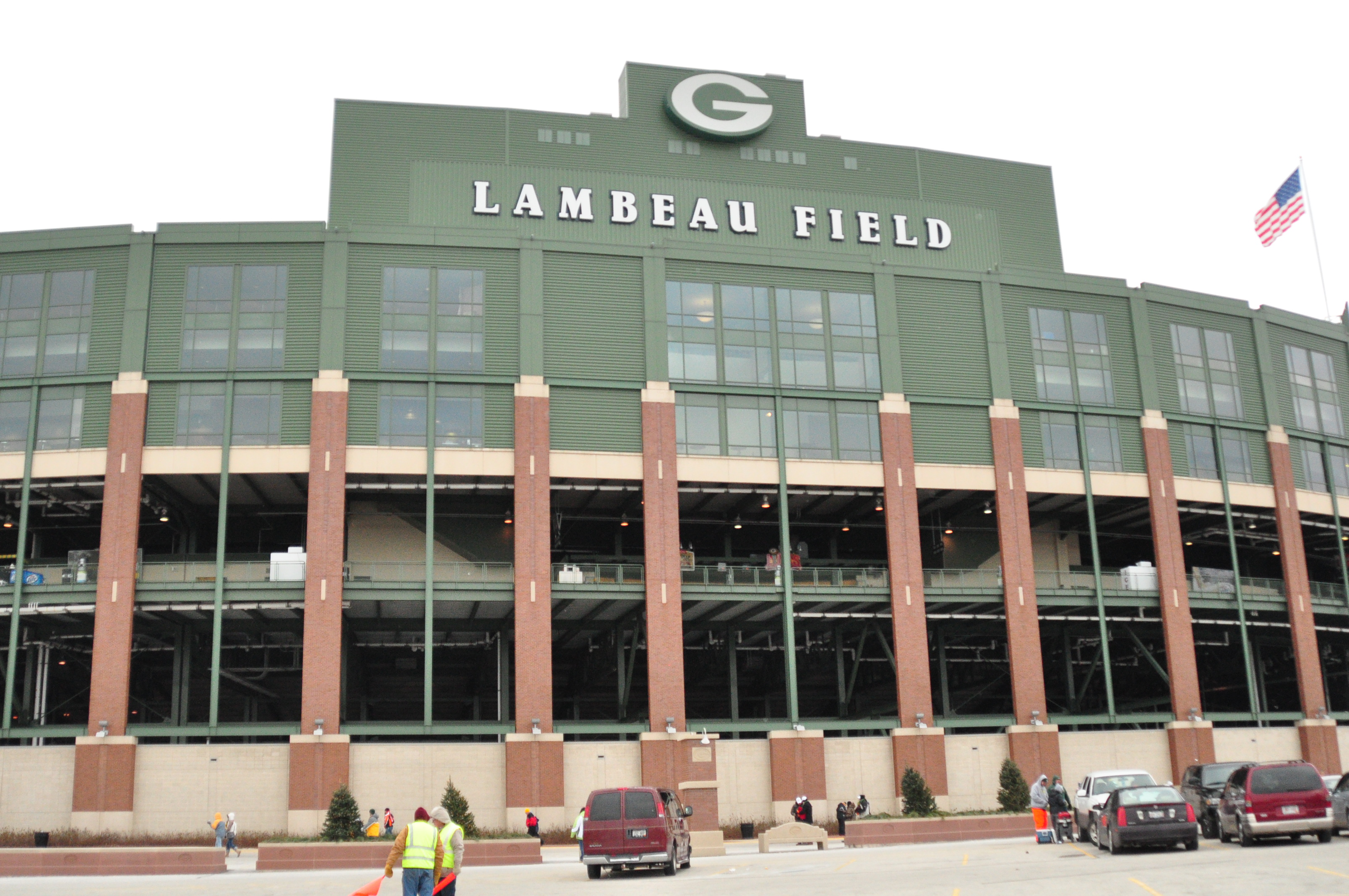 lambeau field safety and security to be addressed