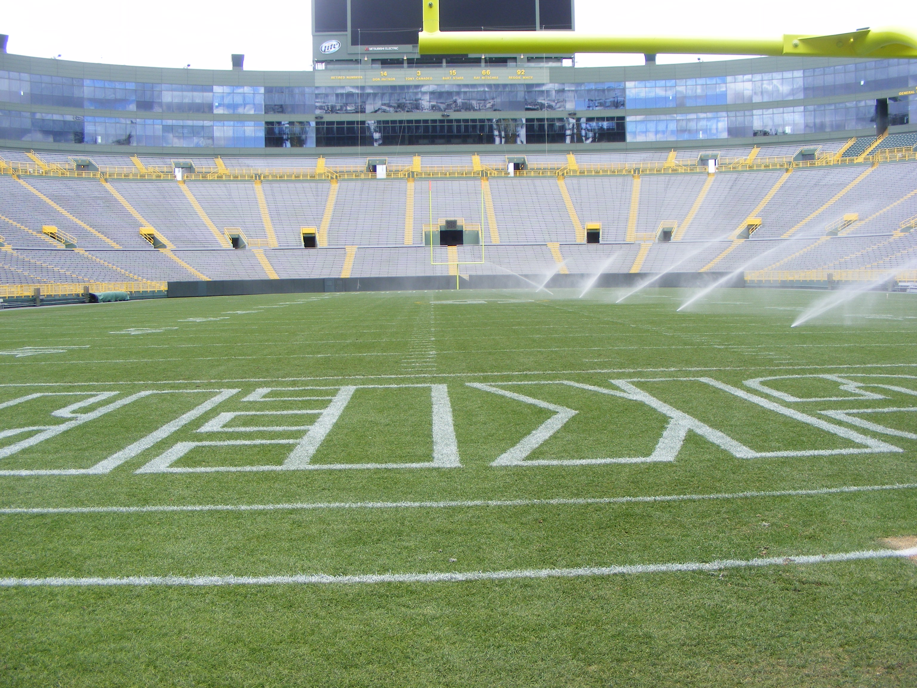 lambeau field and the green bay Motel 6 green bay - lambeau in green bay on hotelscom and earn rewards nights collect 10 nights get 1 free read 361 genuine guest reviews for motel 6 green bay - lambeau.